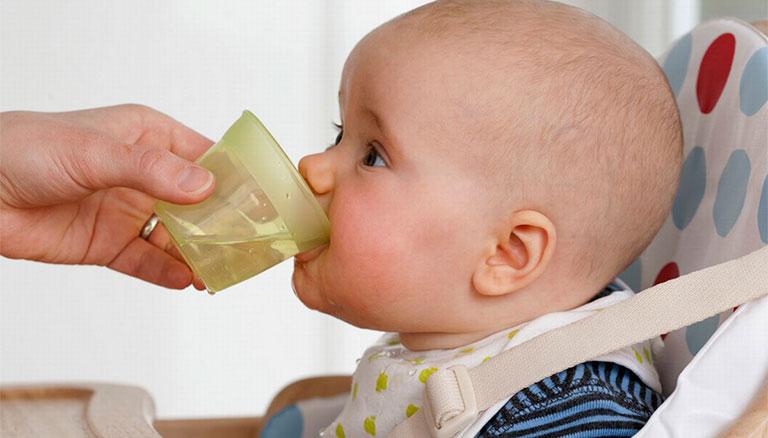 Điều trị viêm dạ dày ruột ở trẻ em